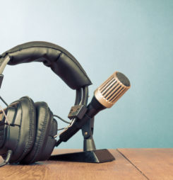 5 Reasons to Start a Podcast for Your Business Now