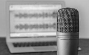 What Are The Best Podcast Ad Formats?